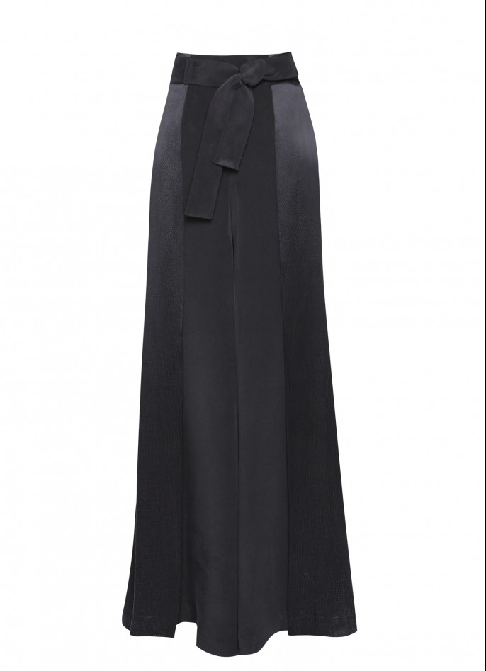 PLEATED WIDE-LEG SILK PANTS