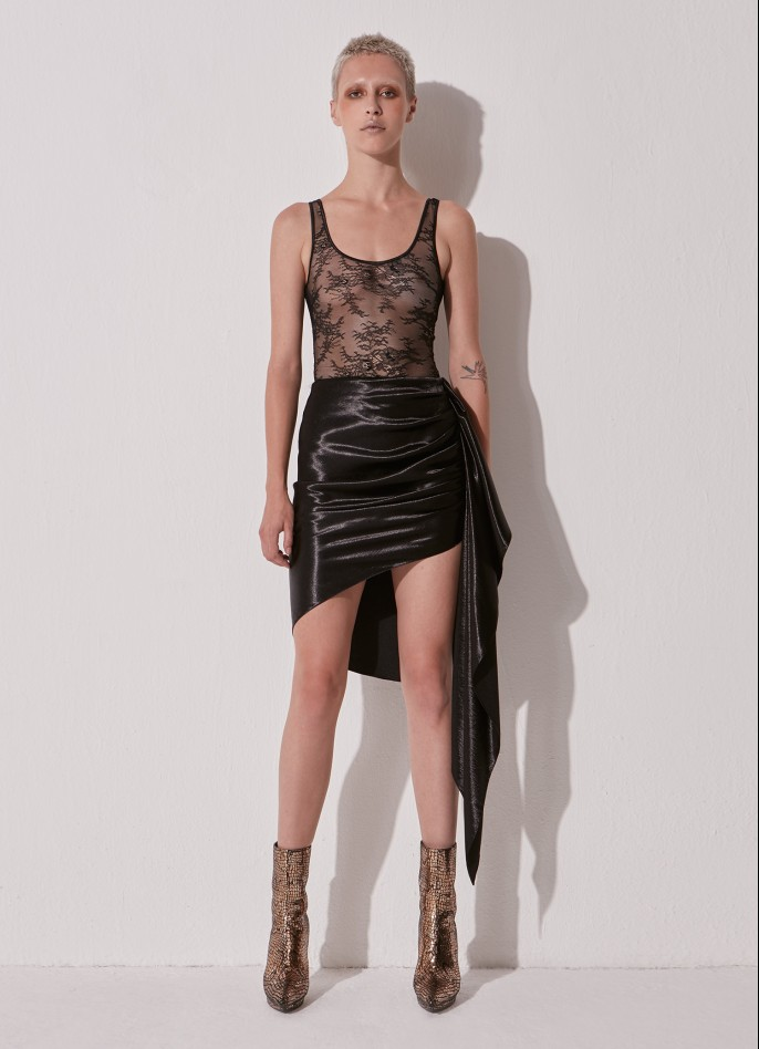 BLACK HAMMERED-SATIN DRAPED SKIRT